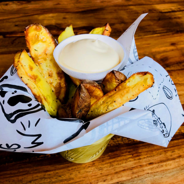 Potato Wedges met Aioli