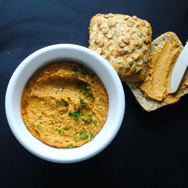 Focaccia met Hummus